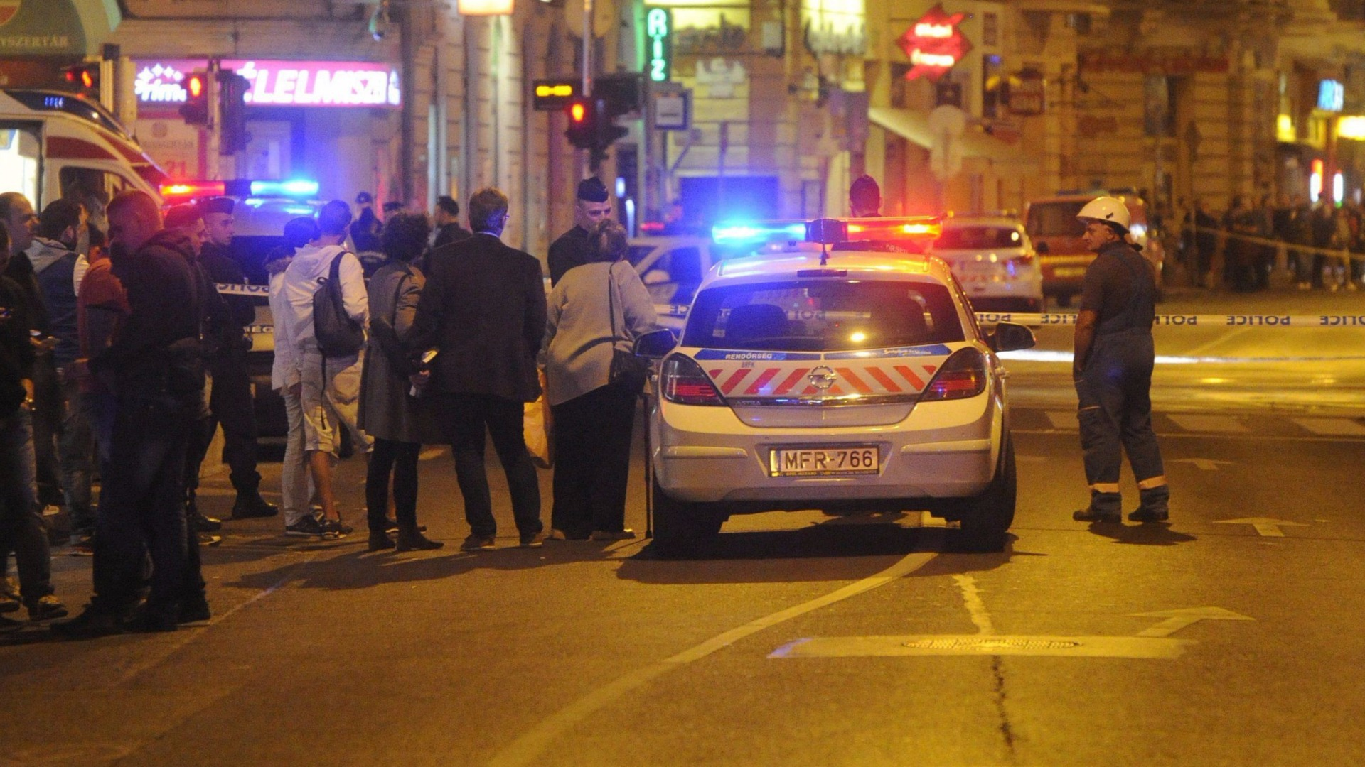 Two Hungarian police officers injured in explosion in Budapest
